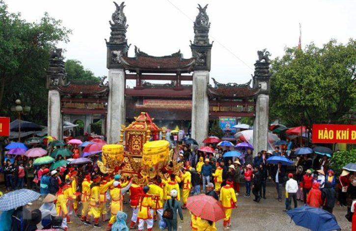 lễ hội đền trần 1