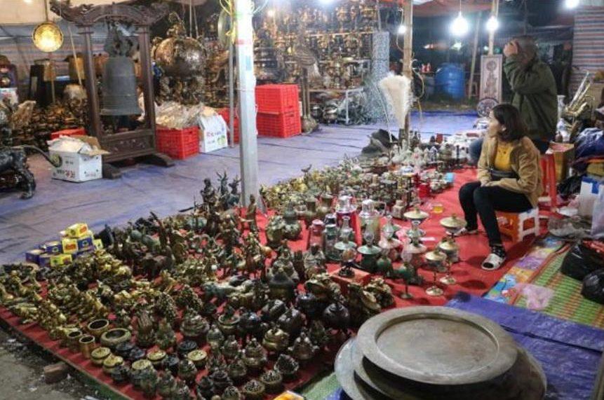 Đồ cổ chợ Viềng